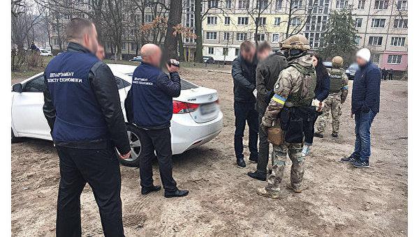 Задержание на взятке инспектора-ревизора ГФС