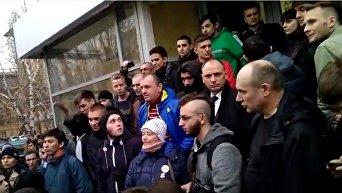 В Волгограде избили Навального