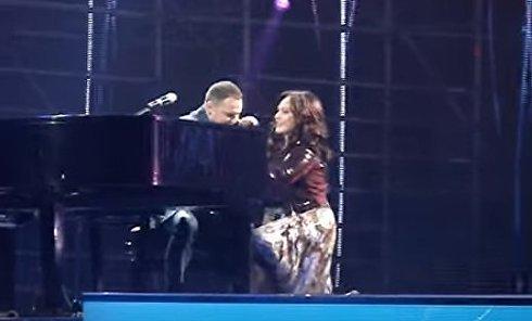 София Ротару упала на сцене. Видео
