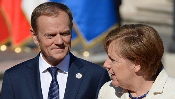 Канцлер ФРГ Ангела Меркель и председатель Европейского совета Дональд Туск перед началом саммита 27 стран-участниц Евросоюза в Риме