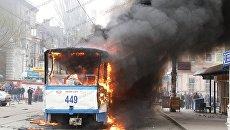 В Запорожье загорелся трамвай