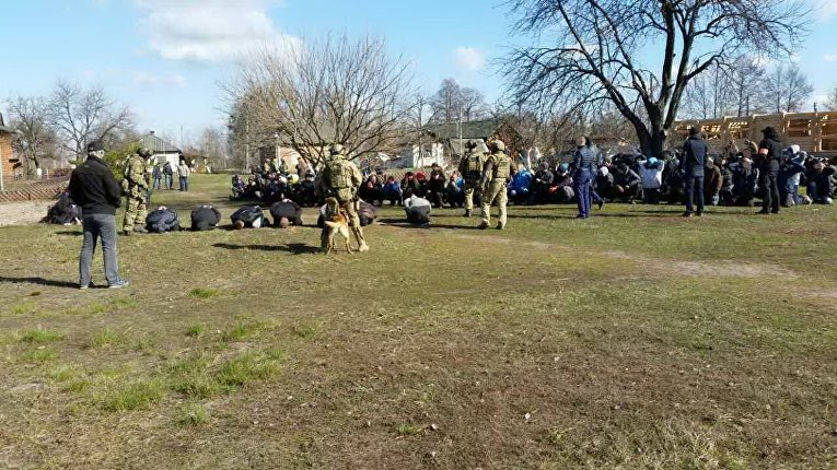 СБУ разоблачила организованную преступную группу, которая незаконно лишила свободы и пытала более 200 наркозависимых