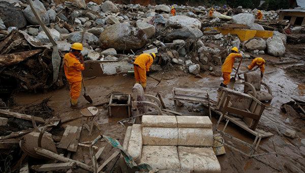 При сходе селевого потока вКолумбии погибли двое жителей Испании