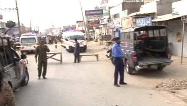 На месте теракта в пакистанском Лахоре, 5 апреля 2017
