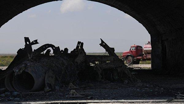 Последствия ракетного удара США в Сирии. Архивное фото