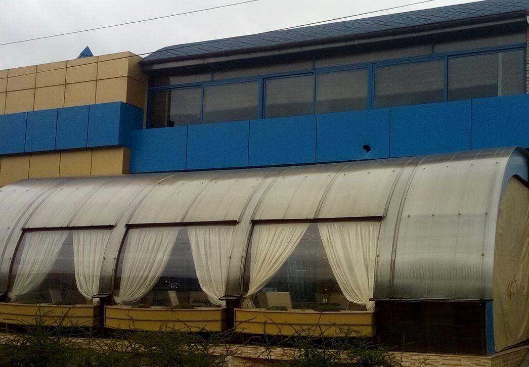 Стрельба вЧеркасской области. Неизвестные обстреляли кафе изгранатомета, размещены фото