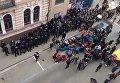 Стычки протестующих около Сбербанка в Харькове с полицией и нацгвардией