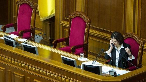 Сыроид выключила микрофон Долженкову из-за выступления нарусском языке