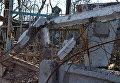 Могилы на кладбище, разрушенном в результате боевых действий в аэропорту Донецка. Архивное фото