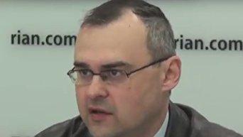 Год Кабмину Гройсмана: правительство поработало на тройку - Блинов. Видео