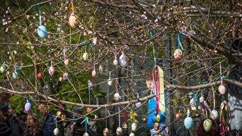 Пасхальное дерево в одесском Городском саду