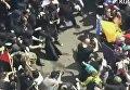 Жесткие столкновения сторонников и противников Трампа в Калифорнии. Видео