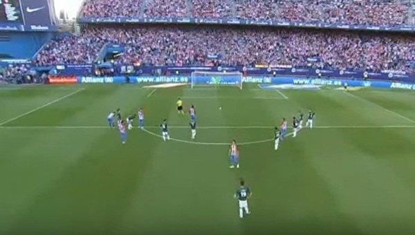 Итальянский голкипер отразил два пенальти за две минуты