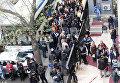 В Высшей избирательной коллегии в Анкаре люди выстроились в очередь, чтобы подать личный иск об аннулировании референдума. Оппозиция Турции во вторник  потребовала аннулирование конституционного референдума.