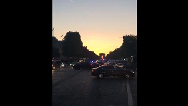 На месте стрельбы в центре Парижа