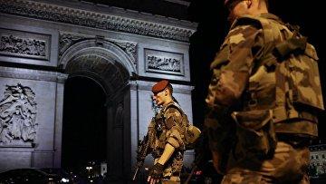 Хроника 20 апреля: задержание Мартыненко, иск Шокина, стрельба в центре Парижа