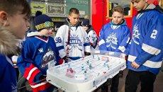 Накануне старта чемпионата мира в Киеве открылся Хоккейный городок