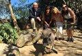 Вице-президент США Майкл Пенс в австралийском зоопарке