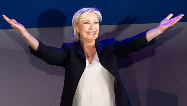 Эмманюэль Макрон победил впервом туре президентских выборов воФранции