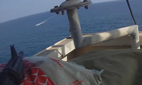 В сеть попал неудачный захват судна сомалийскими пиратами