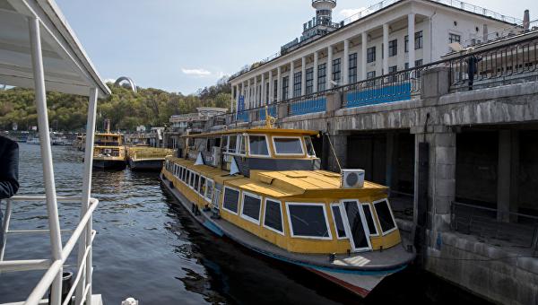 Речной трамвай хотят запустить нетолько впределах Киева