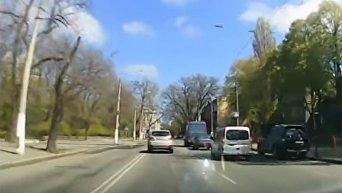 В Одессе мотоциклист сбил троих детей