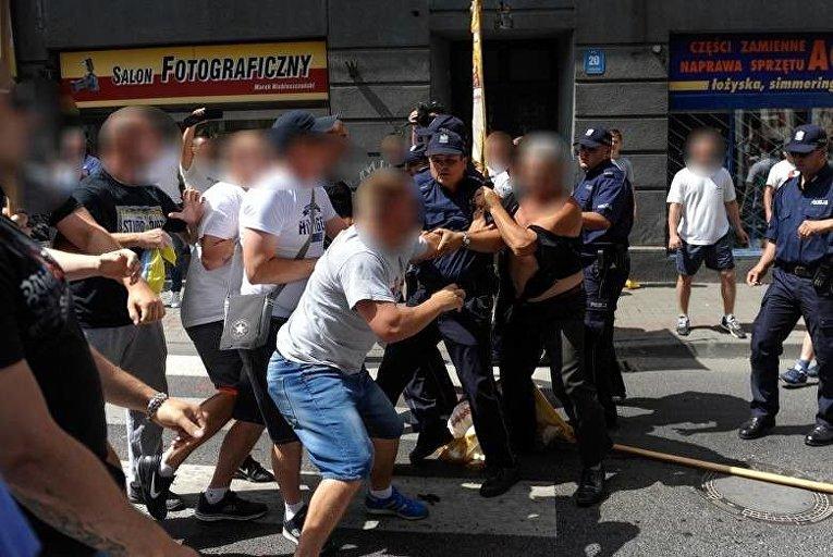 В Польше напали на украинскую процессию