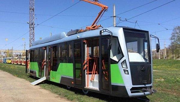 В Харькове представили новый трамвай украинского производства