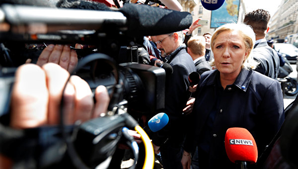 ЛеПен порекомендовала Зидану нелезть вполитику