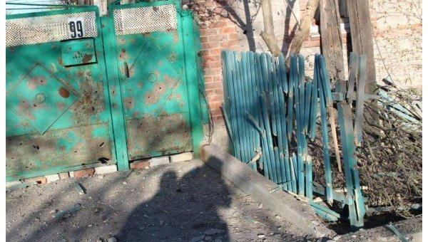 Последствия обстрела Авдеевки. Архивное фото