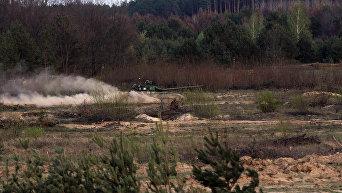 Боевые стрельбы танковой бригады ВСУ в Черниговской области