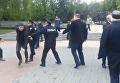 Появились кадры атаки на первомайский митинг в Виннице. Видео