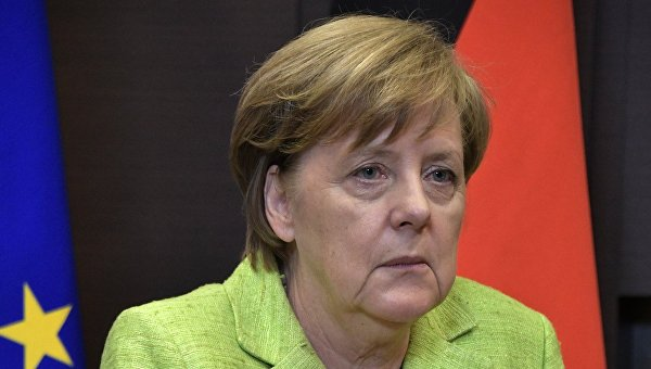 Путин иМеркель вСочи пройдутся «посамым проблемным точкам»