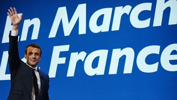 Кандидат в президенты Франции, лидер движения En Marche Эммануэль Макрон