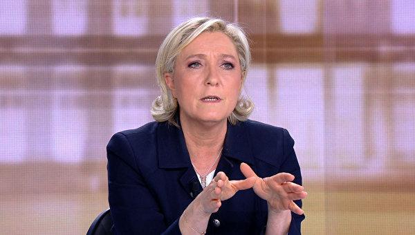 Ле Пен в ходе дебатов 3 мая 2017