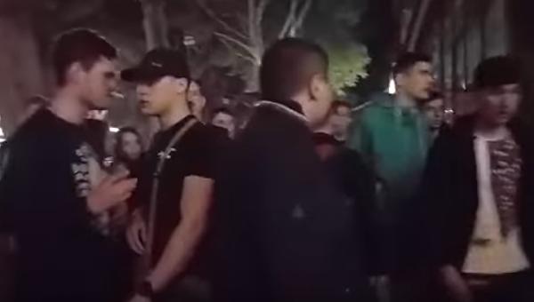 В центре Одессы на улице Дерибасовской ночью 7 мая произошла массовая драка