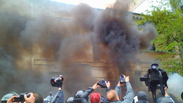 Вофисе ОУН милиция задержала 24 человека,— Крищенко