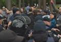 Георгиевская лента спровоцировала стычки в Харькове. Видео