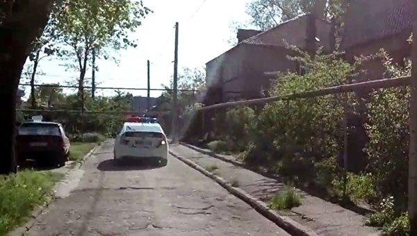 ВСеть попало шокирующее видео— вЗапорожье полицейская машина переехала женщину