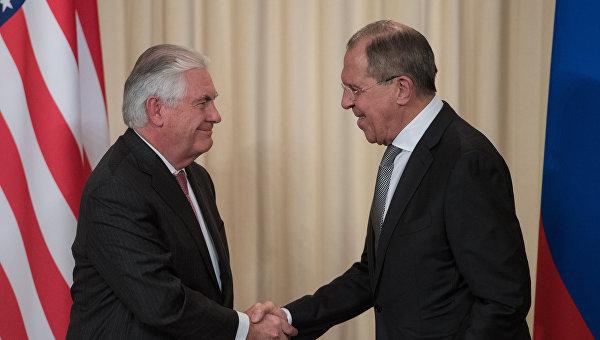 Встреча министра иностранных дел РФ С. Лаврова и госсекретаря США Р. Тиллерсона. Архивное фото