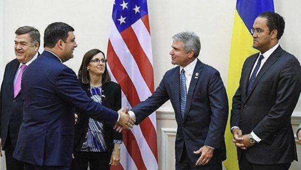 Порошенко обсудил сконгресменами США ужесточение антироссийских санкций