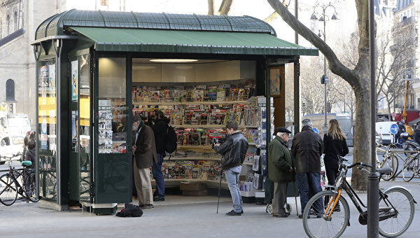 Киоск с прессой в Париже