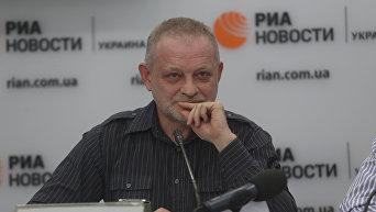 Руководитель аналитического центра Третий сектор Андрей Золотарев