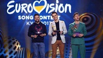 Ведущие Евровидения-2017 Владимир Остапчук, Александр Скичко и Тимур Мирошниченко