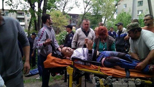 Таксисту, некрикнувшему «Героям слава», охранники Яроша прострелили ноги