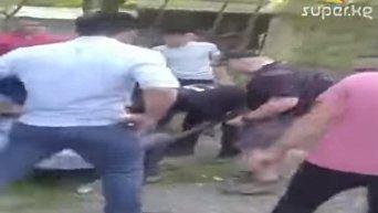 Видео с места обрушения аттракциона в Киргизии