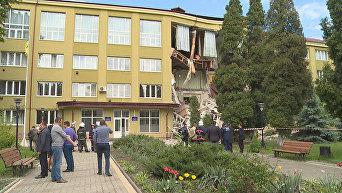 В Коломые обвалился фасад в колледже