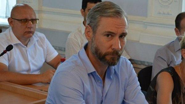ВНиколаеве избили депутата, его забрала «скорая»