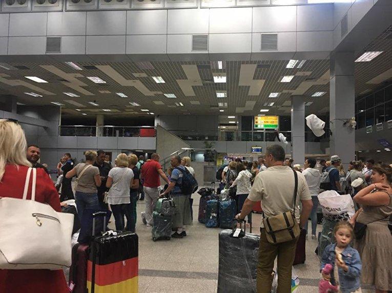 Ситуация в аэропорту Хургады с украинскими туристами
