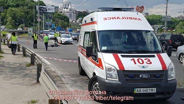 На месте ДТП в Киеве, где погиб мотоциклист